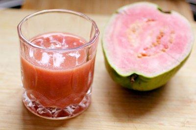 红芯芭乐综合蔬果汁