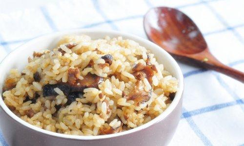 一食半刻 | 香菇油饭#金龙鱼外婆乡小榨菜籽油#的做法