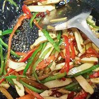 小炒豆腐干 #美极鲜味汁#的做法图解5