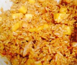 菠萝肌肉炒饭的做法