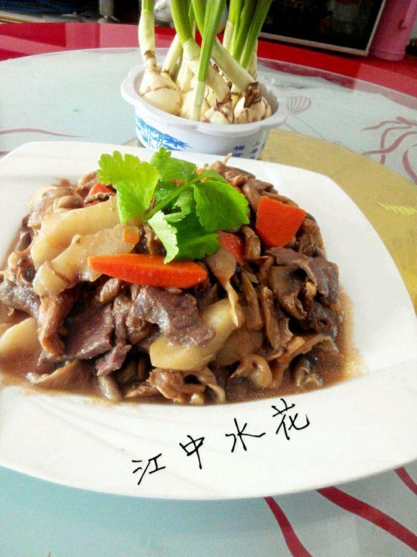 试用之平菇菜心焖牛肉#大喜大牛肉粉#的做法