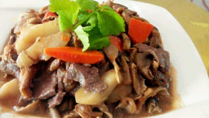 试用之平菇菜心焖牛肉#大喜大牛肉粉#