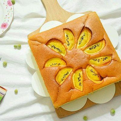 入口即化的奇异果酸奶蛋糕