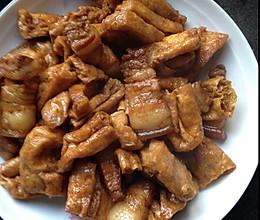五花肉闷油豆腐的做法