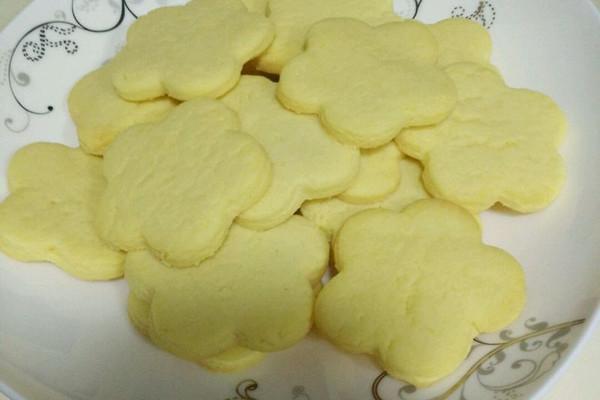 花形小饼干的做法