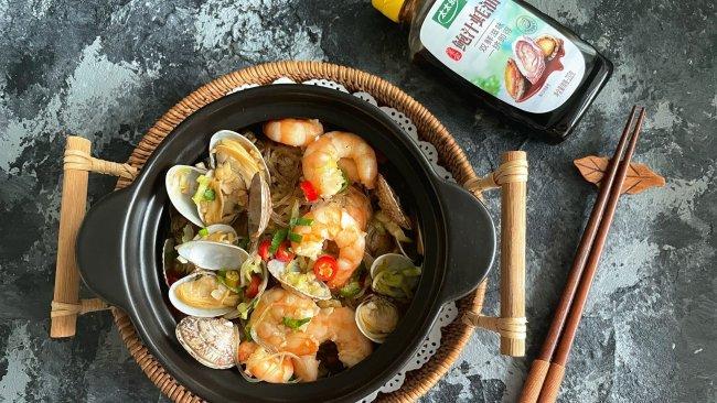 #百变鲜锋料理#蒜蓉海鲜粉丝煲的做法