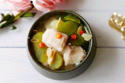 香茅龙利鱼酸辣汤