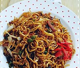 「海贼王料理」⑿DBF路边摊の炒面(306)的做法