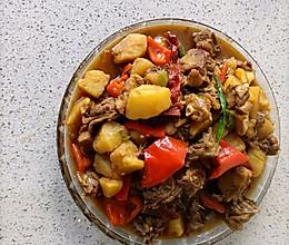 土豆炒鸡的做法
