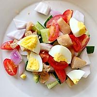 减肥必备—蔬菜鸡胸肉沙拉的做法图解1