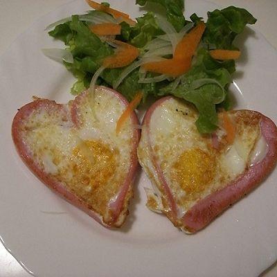浪漫早餐-爱心煎蛋