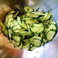 爽口酸辣黄瓜金针菇|家中常备下酒菜的做法图解4