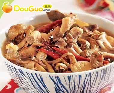 小鸡炖蘑菇的做法