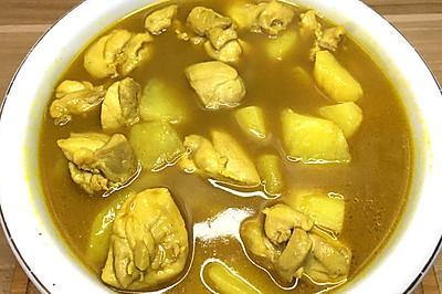 家常土豆咖喱鸡,简单又美味,小白也能做的经典美食。