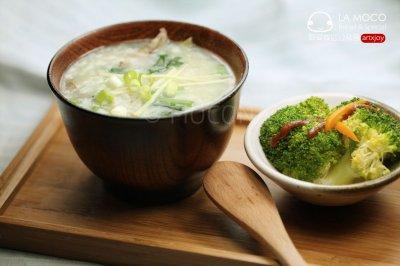 养肝补血-猪肝菠菜粥