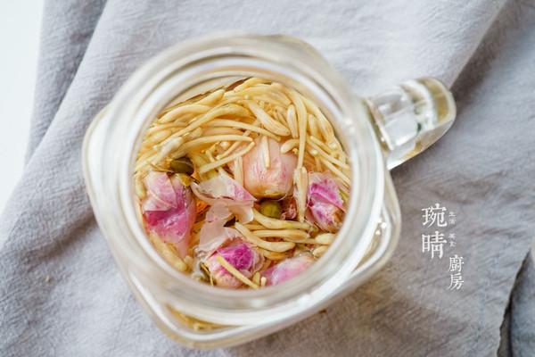 玫瑰金银花茶的做法