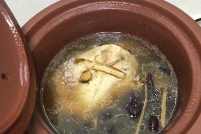 冬季进补鸡汤