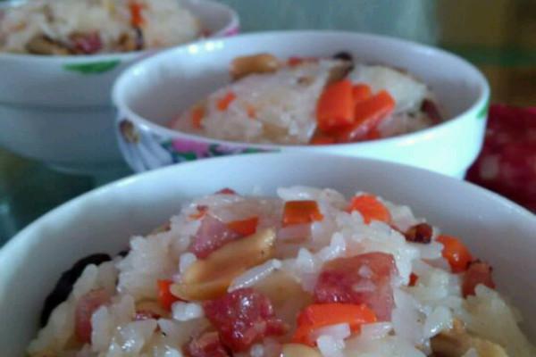香喷喷哒糯米饭的做法