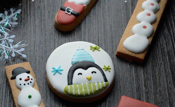 利用最简单的模具做出可爱的圣诞饼干的做法
