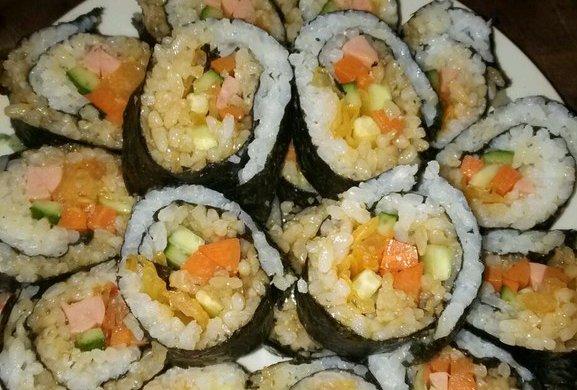 寿司    (紫菜包饭)