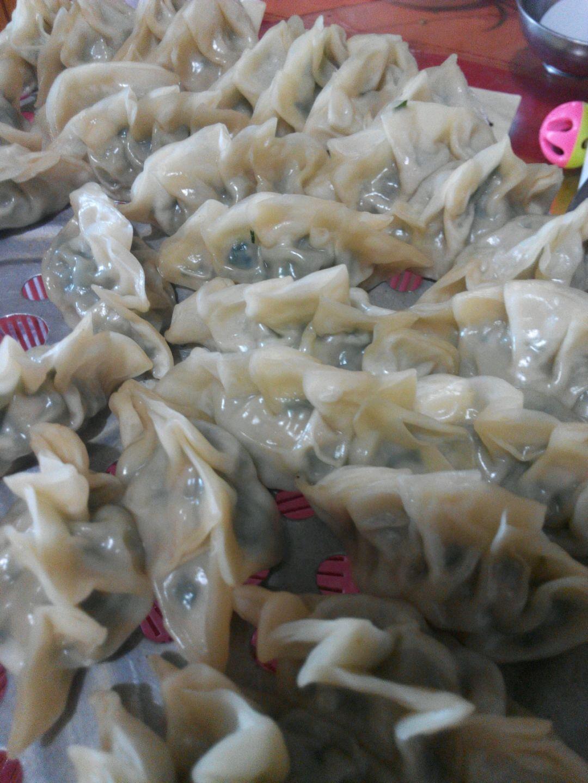 猪肉韭菜饺子的做法图解3