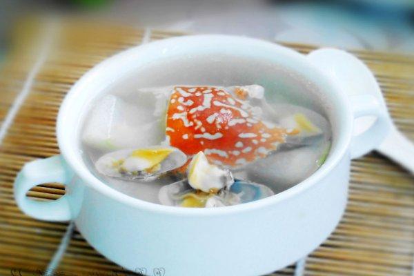 开胃解暑--冬瓜双花海鲜汤的做法