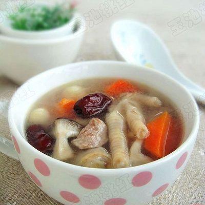 红枣莲子鸡爪汤