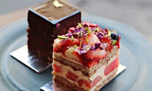 玫瑰草莓西瓜蛋糕,高颜值的美味!的做法
