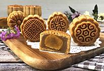 广式月饼:蛋黄莲蓉月饼的做法