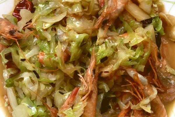 家常菜大虾炒卷心菜的做法步骤 分类:        本菜谱的做法由