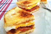 早餐煎馒头三明治的做法