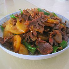 超下饭青椒土豆炒鸭胗
