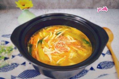 #父亲节,给老爸做道菜#白玉菇青菜胡萝卜火腿丝汤