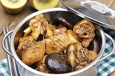 一款提高免疫力的春季养生菜——香菇焖鸡