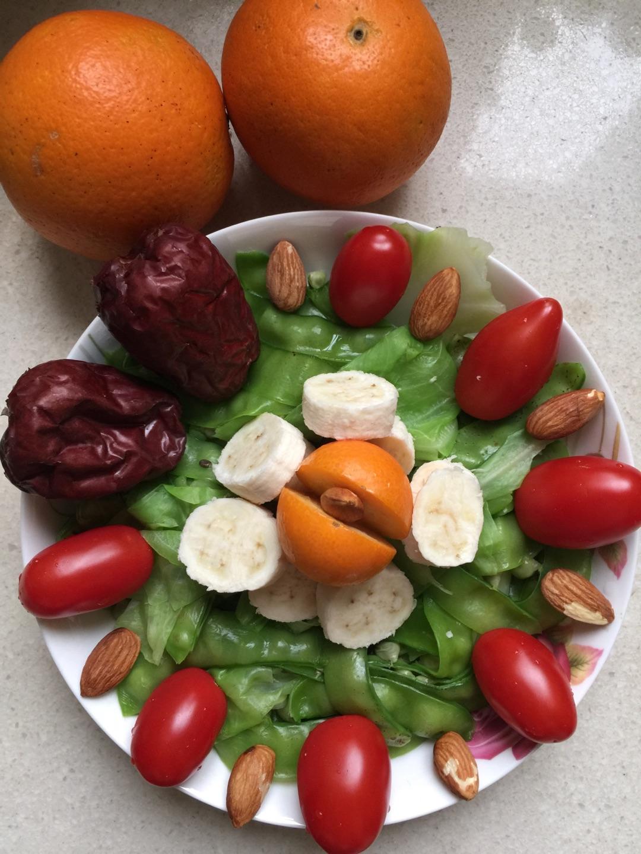 蔬菜水果沙拉的做法图解2