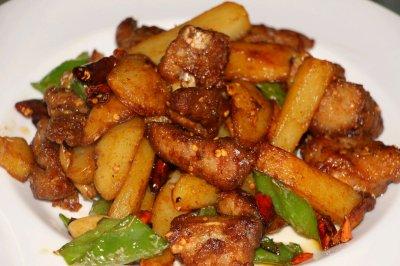 土豆排骨干锅