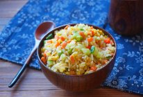 咖喱杂蔬炒饭的做法