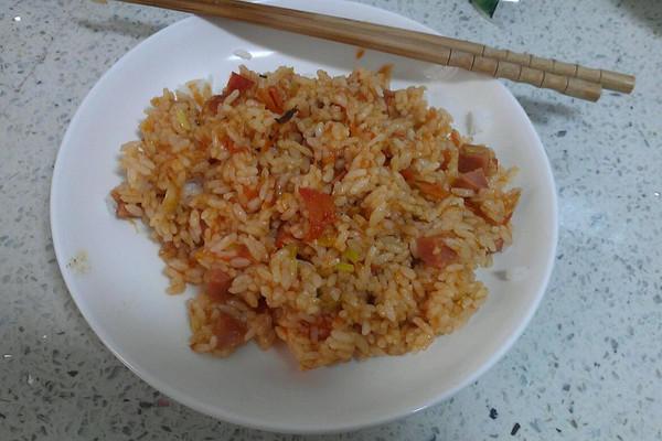 茄汁炒饭的做法