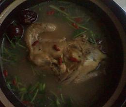 三黄鸡一吃:清炖的做法