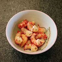 #花10分钟,做一道菜!# 小龙虾豌豆浓汤的做法图解2
