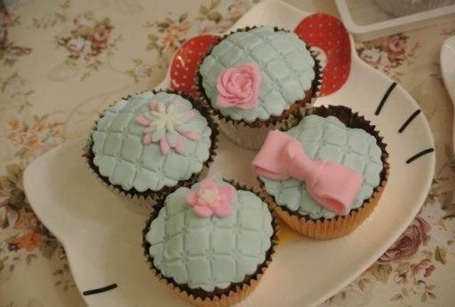 翻糖杯子蛋糕~的做法步骤