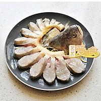 8分钟蒸出夏日最惊艳的宴客鱼——不会做鱼的妹纸看过来的做法图解3