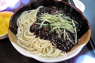 韩国炸酱面