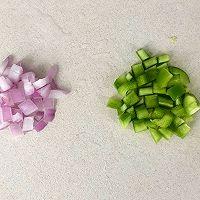 减脂三色藜麦虾仁鱿鱼蛋炒饭的做法图解2