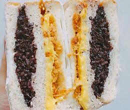 紫米肉松面包的做法