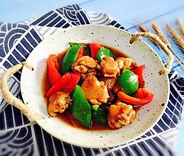 #肉食者联盟#双椒炒鸡翅的做法