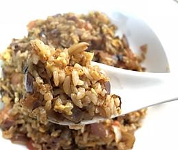 西红柿鸡蛋炒米饭的做法