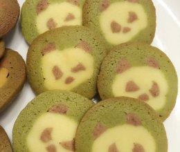 挤眉弄眼熊猫饼干的做法