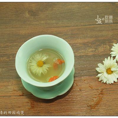 菊花枸杞茶:清香四溢的养生花茶