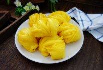 奶香南瓜花卷的做法